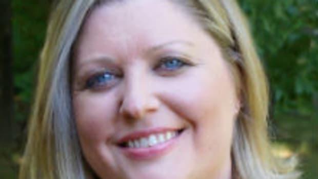 Laura Heffernan featured