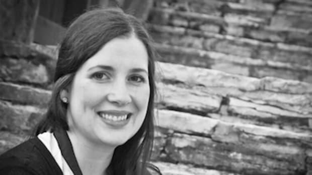 Amanda-linsmeier-author-writer