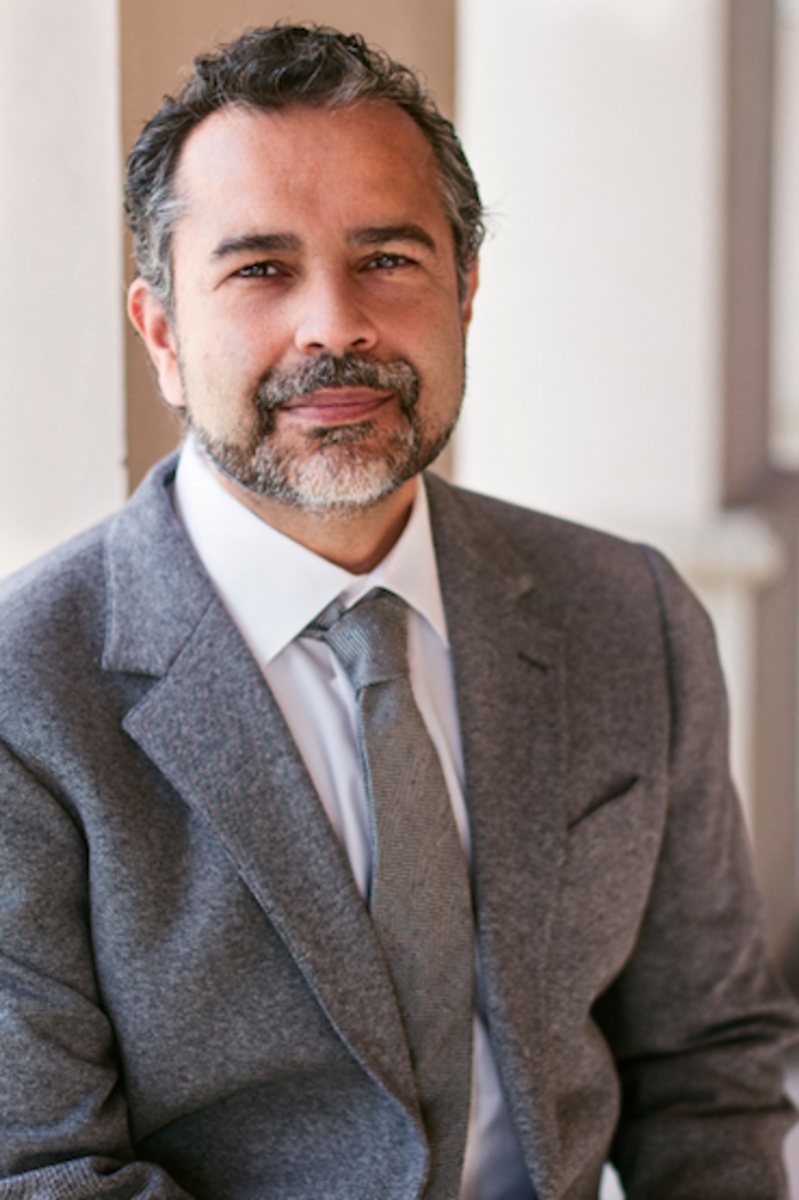 Dr. Munish Batra