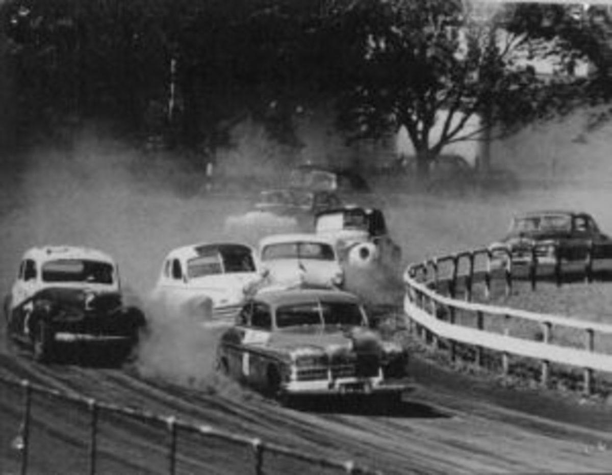 old_car_race