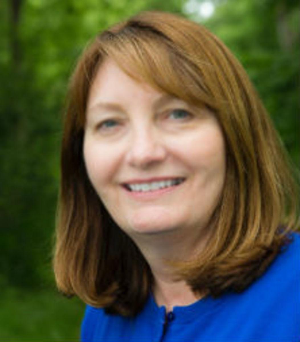 Loretta Ellsworth featured