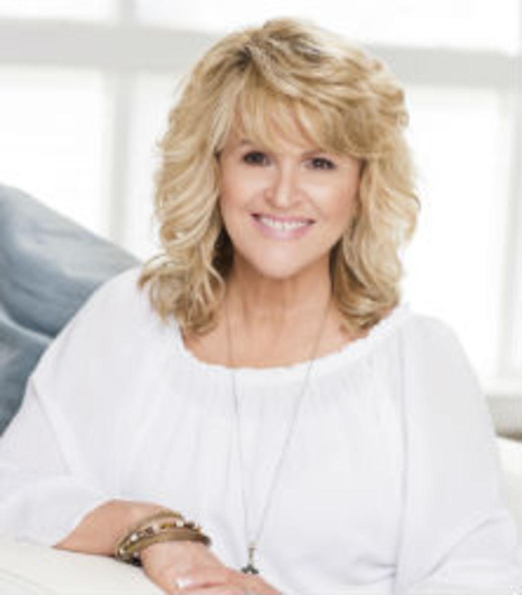 Lisa Presley Featured