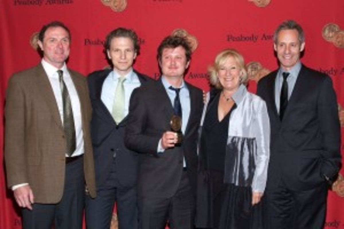 "Some of the ""minor"" characters of House of Cards: Hammerschmidt (Boris McGiver), Goodwin (Sebastian Arcelus), Durant (Jayne Atkinson), and Walker (Michael Gill), with writer Beau Willimon (center)."