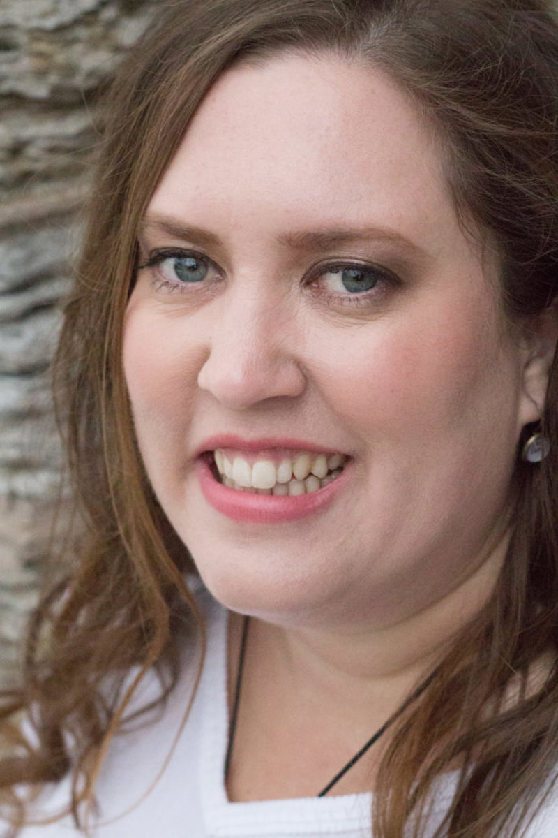 Sarah-Ahiers-author-writer
