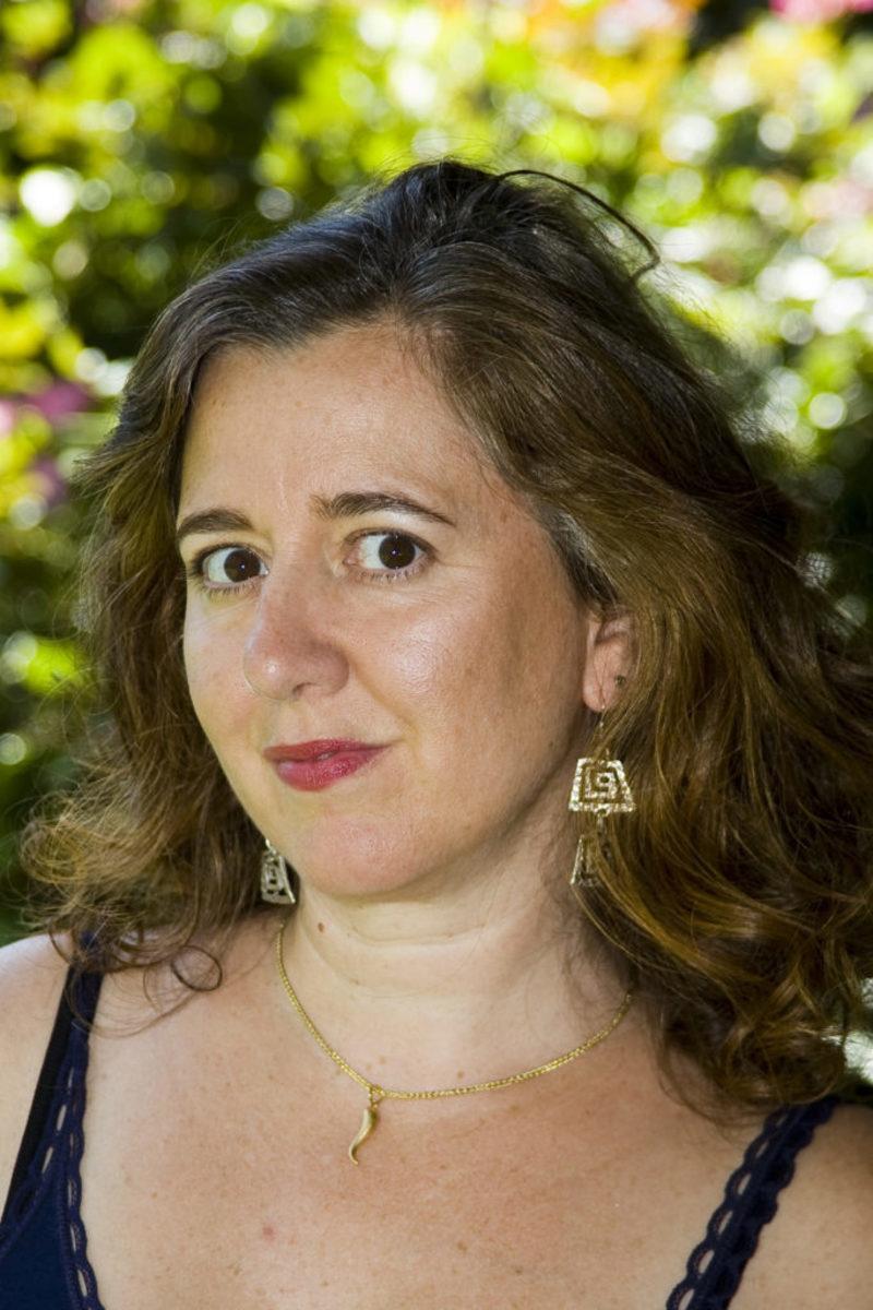 Constance-Lombardo-author-writer