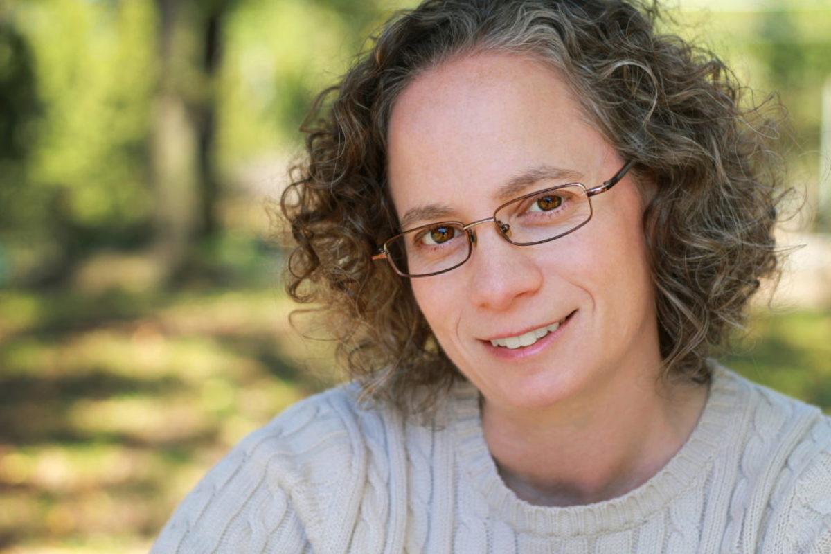 Dori-Kleber-author-writer