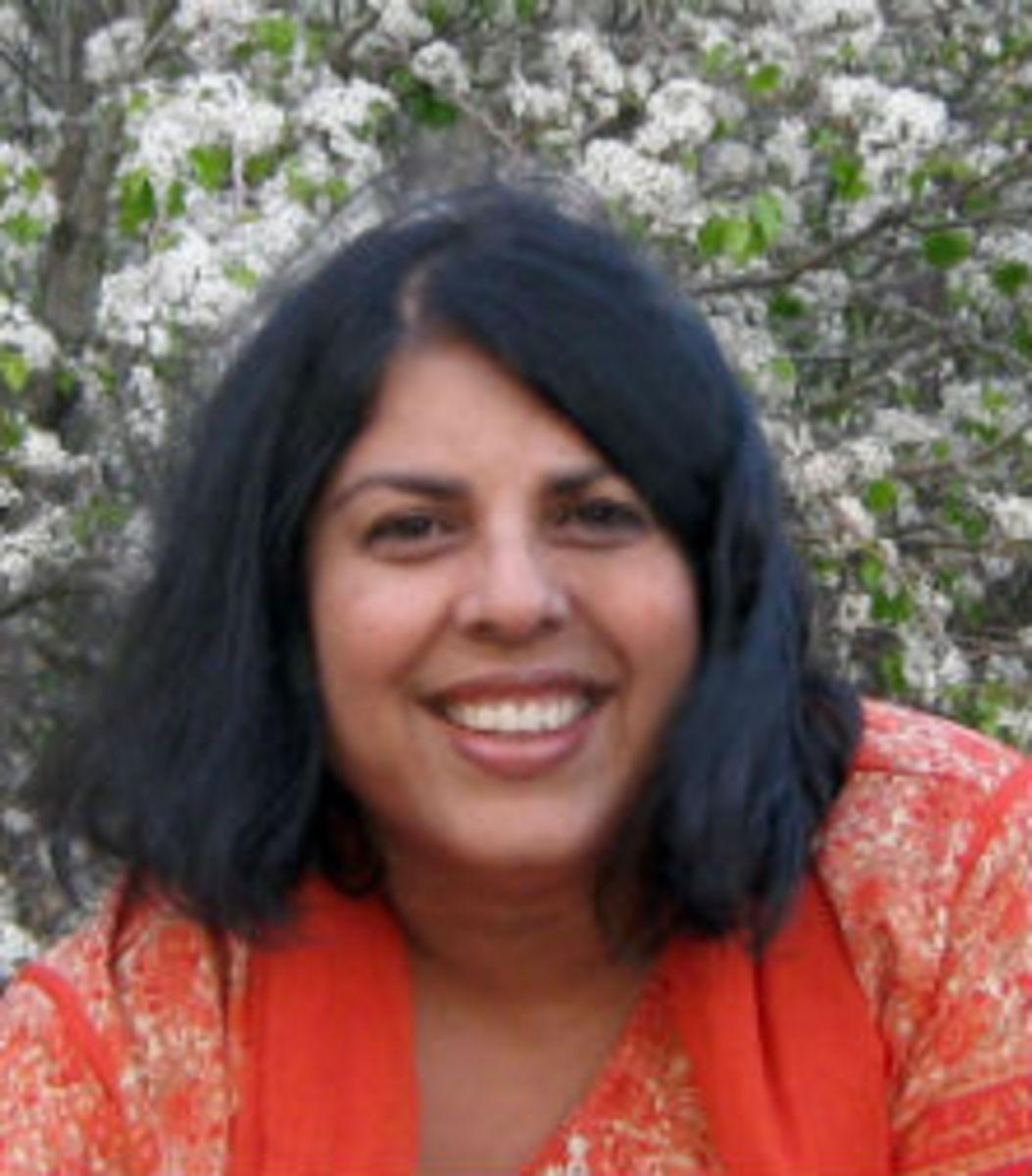 Chitra Divakaruni-featured