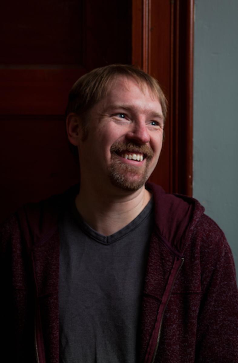 Max-wirestone-author-writer