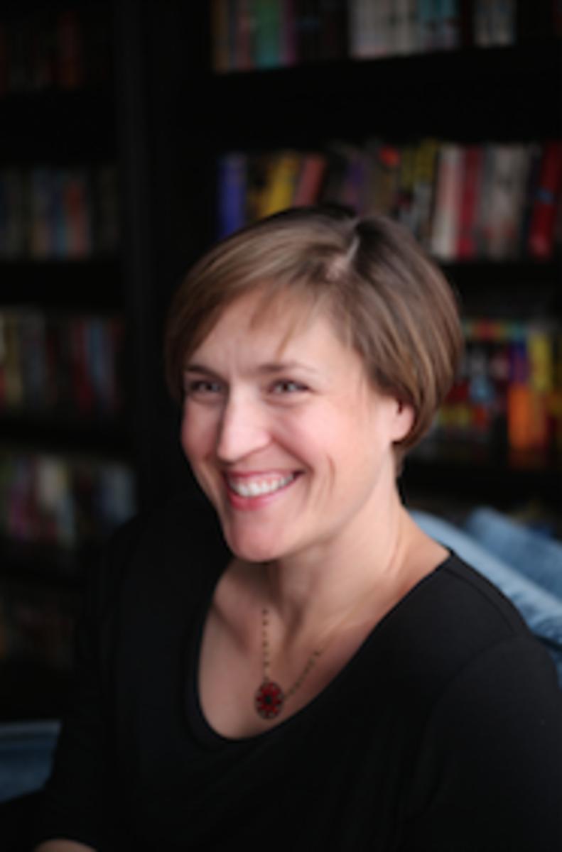 Jennifer-latham-author-writer