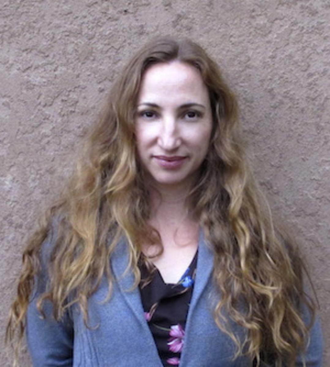 Johanna-DeBaise-author-writer