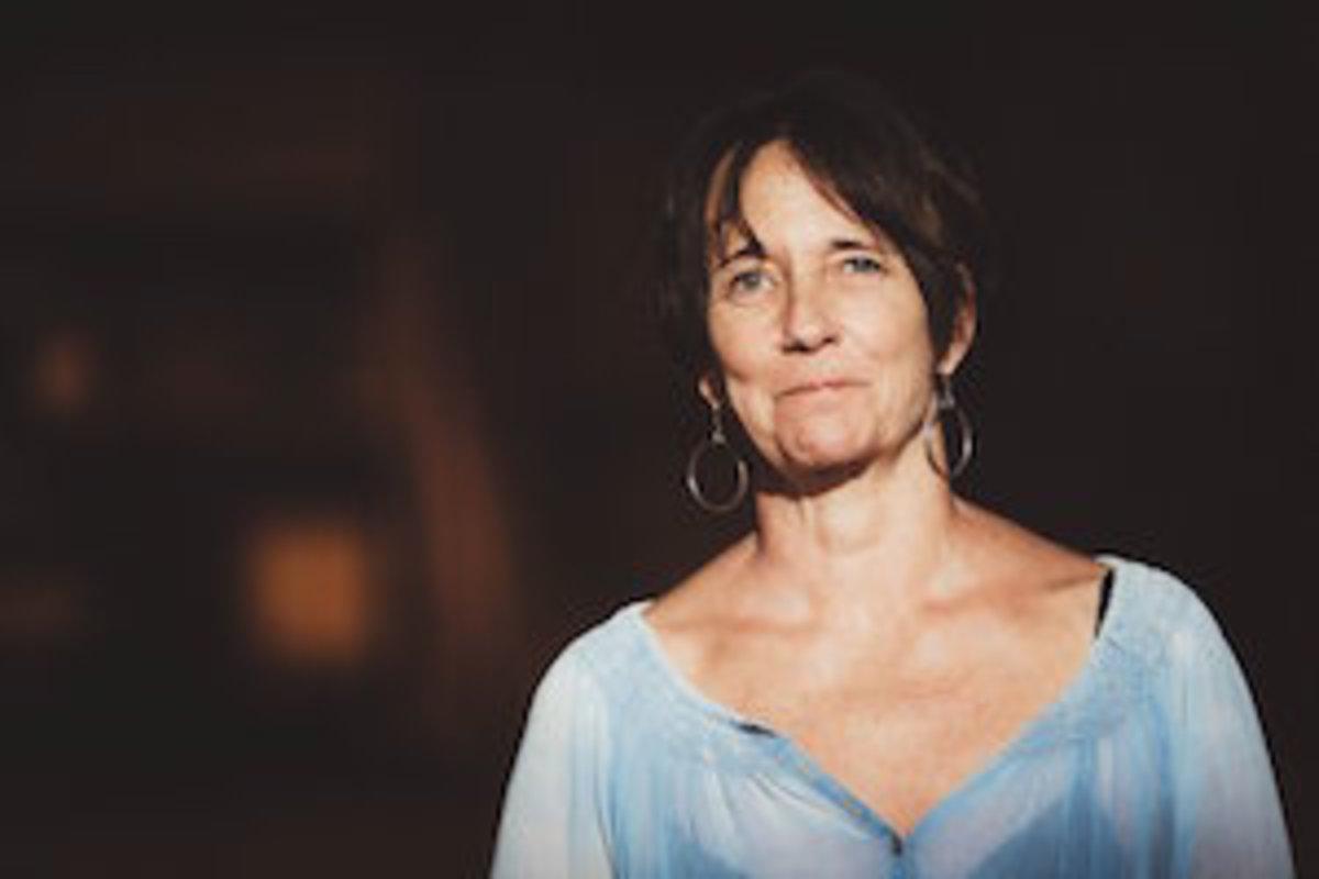 Marian-Palaia-author-writer