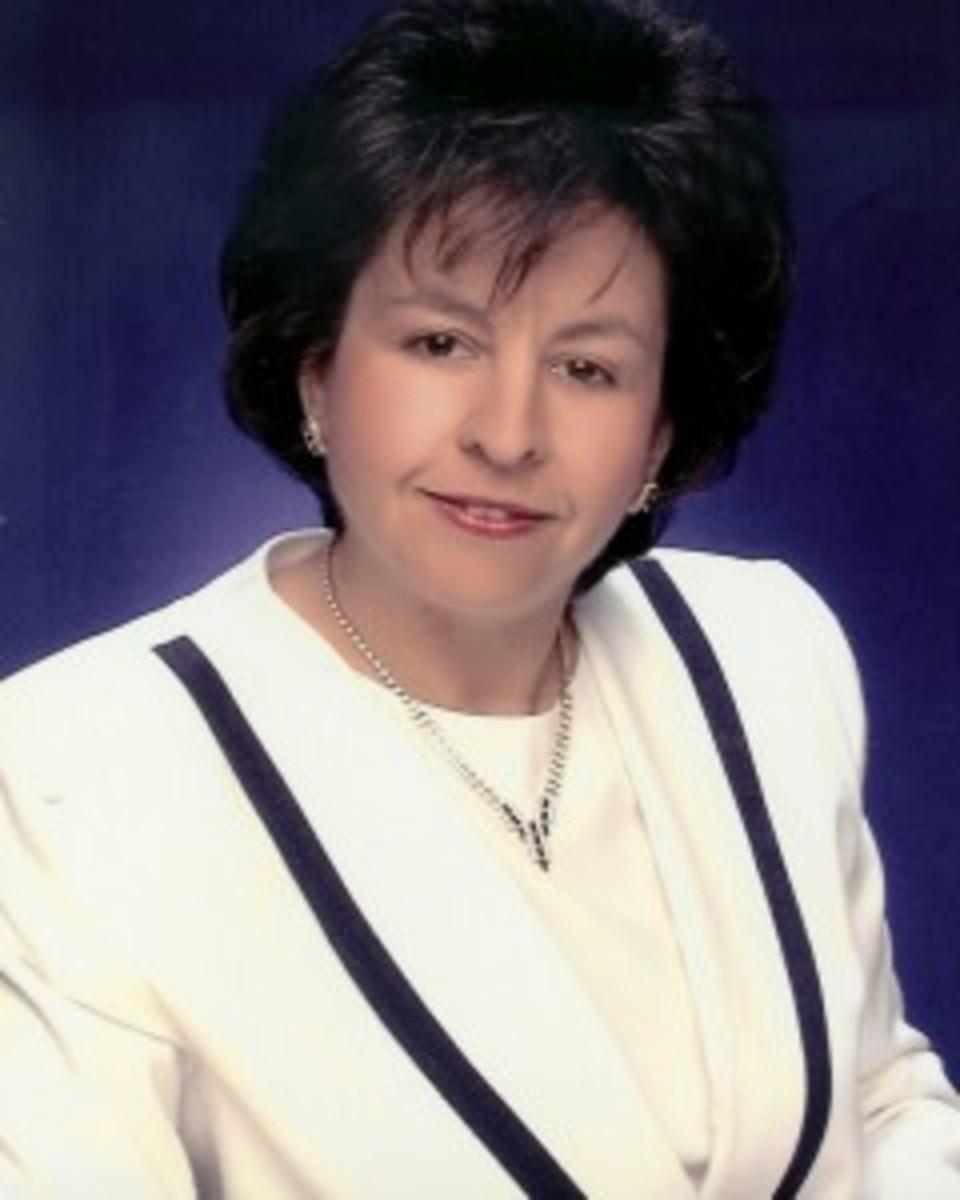 Author-Picture-Linda-J-240x300