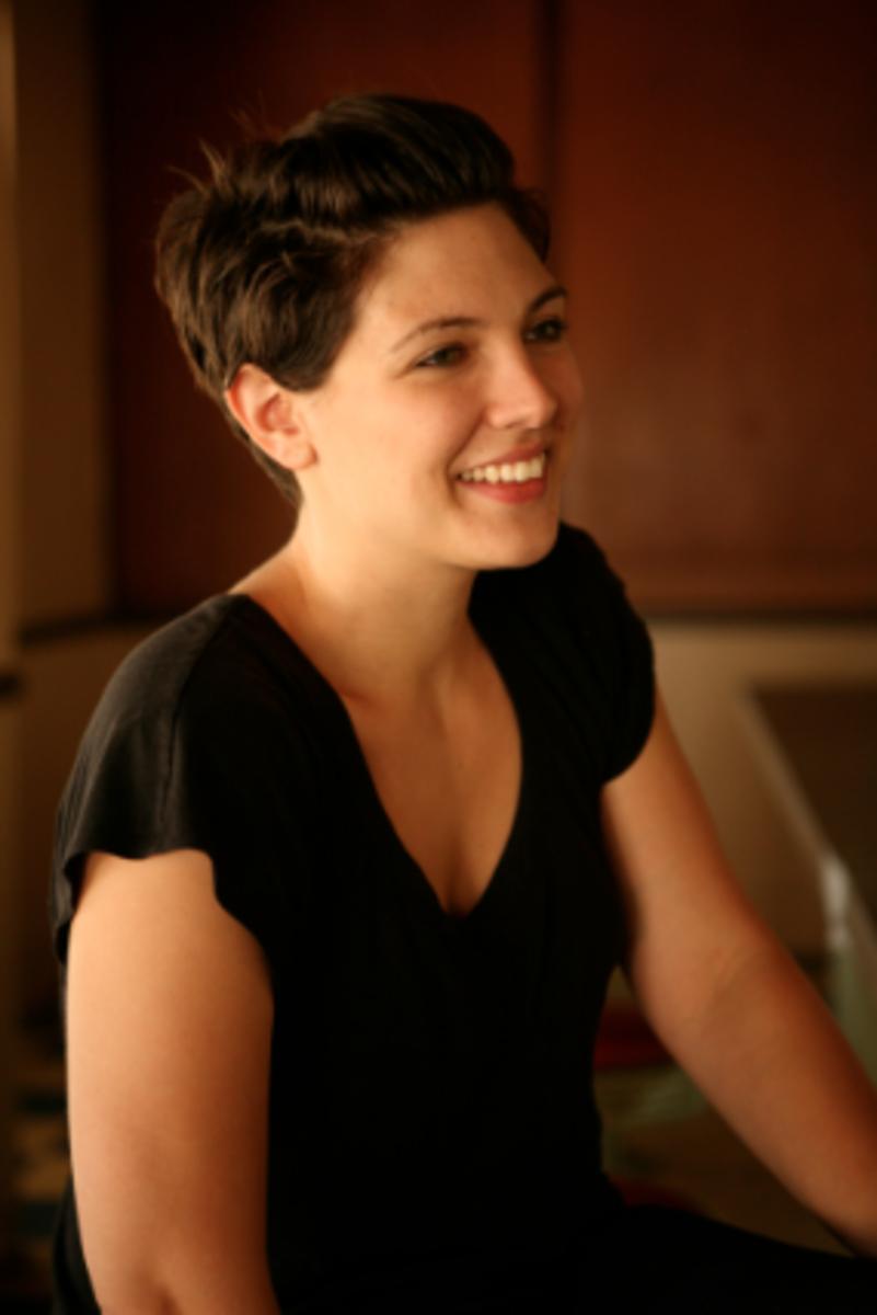 taylor-jenkins-reid-author-writer