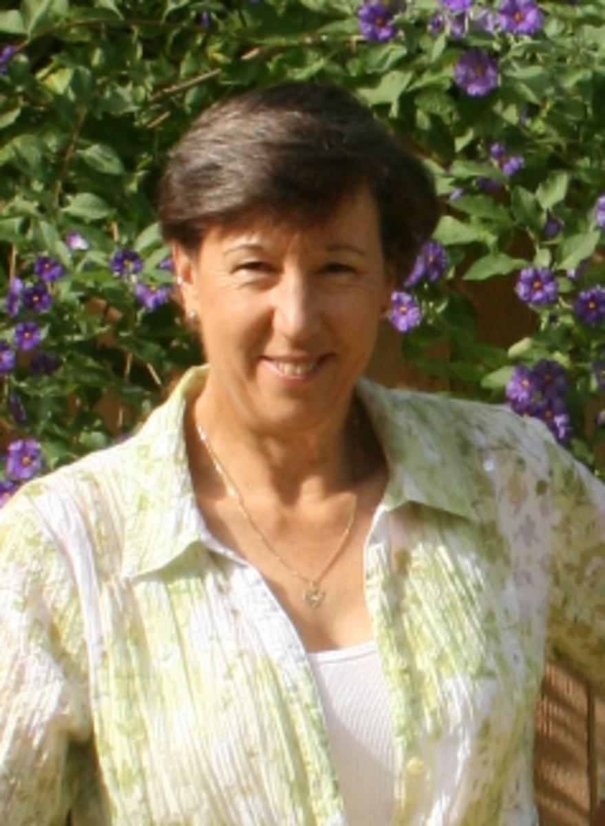 laura-drake-author-writer