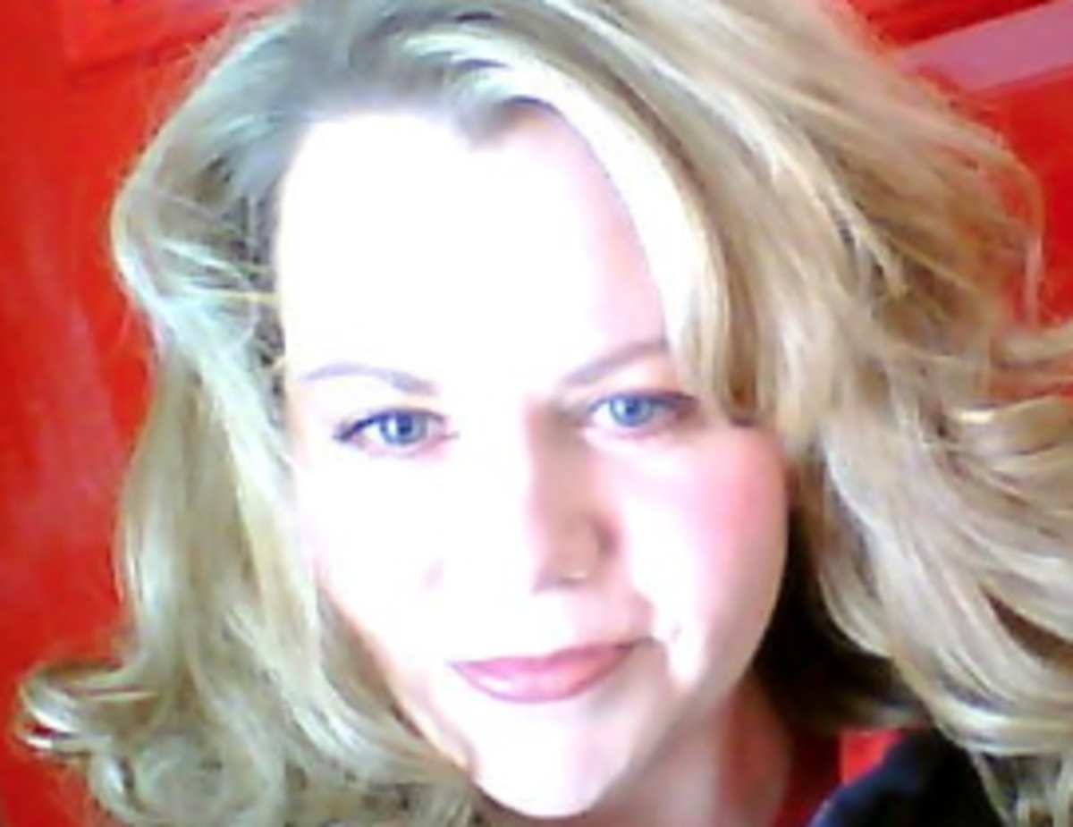 celeste-hollaway-author-writer