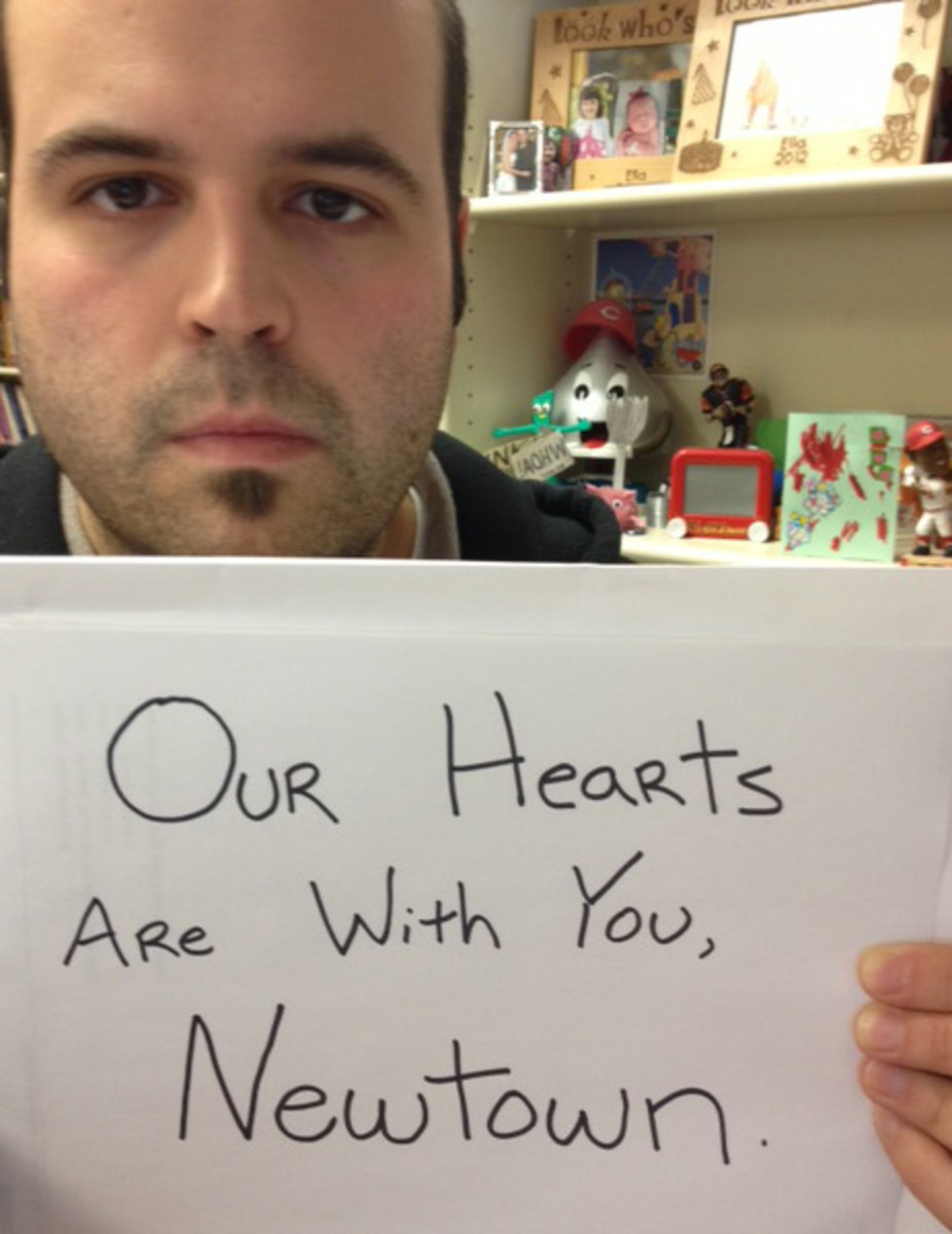 writers-digest-hearts-for-newtown